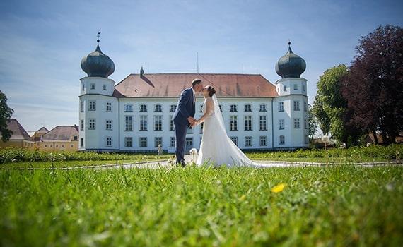 Hochzeitspaarshooting im Schloss Tüssling